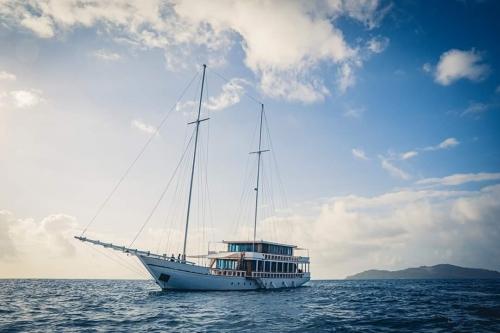 YS_Charter_Voyage_Fenides_01