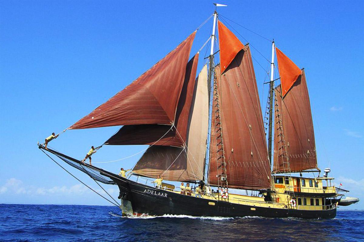 YS_Charter_Voyage_Adelaar_Header