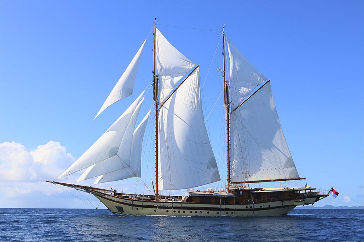 YS_Charter_Voyage_Lamima_Header