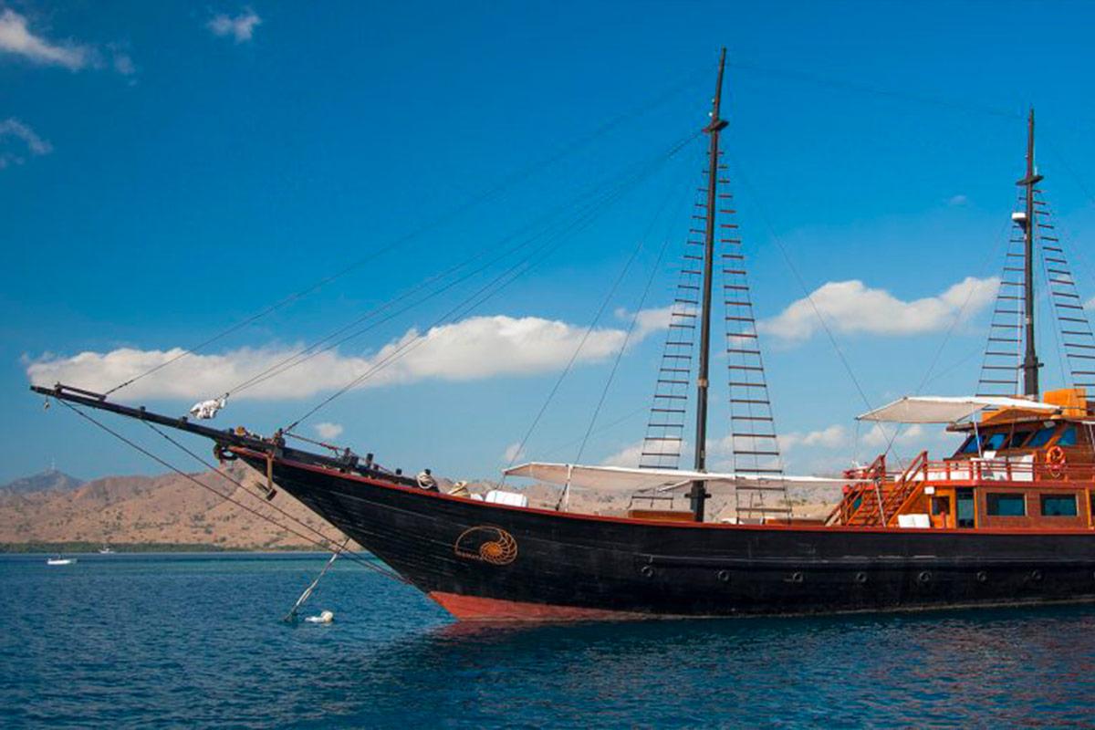 YS_Charter_Voyage_Samata_Header