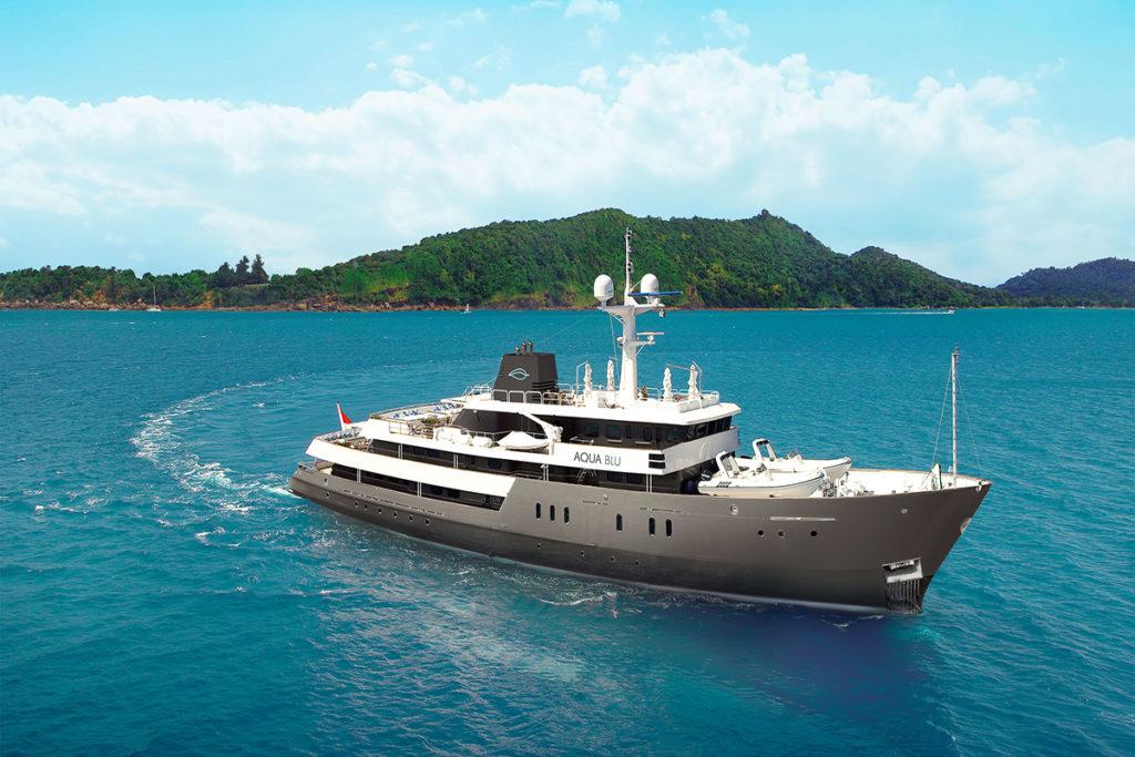 aqua-blu-ship-exterior-1